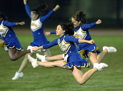Yokota_cheerleaders